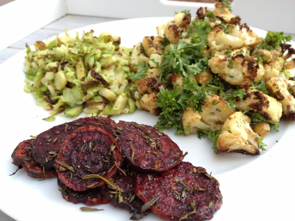 cow crumbs, roasted cauliflower, chickpeas, beet chips, brussel sprouts, gluten free, dairy free, paleo, healthy dinner, vegetarian, vegan