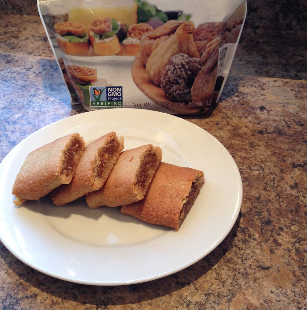 Fig Newtons, cow crumbs, dairy free, gluten free, paleo, figs, almond flour, Figgy newtons, cookies, refined sugar free, healthy snacks