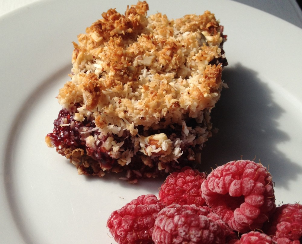 cow crumbs, gluten free, dairy free, dessert, raspberry, coconut, almond, bars