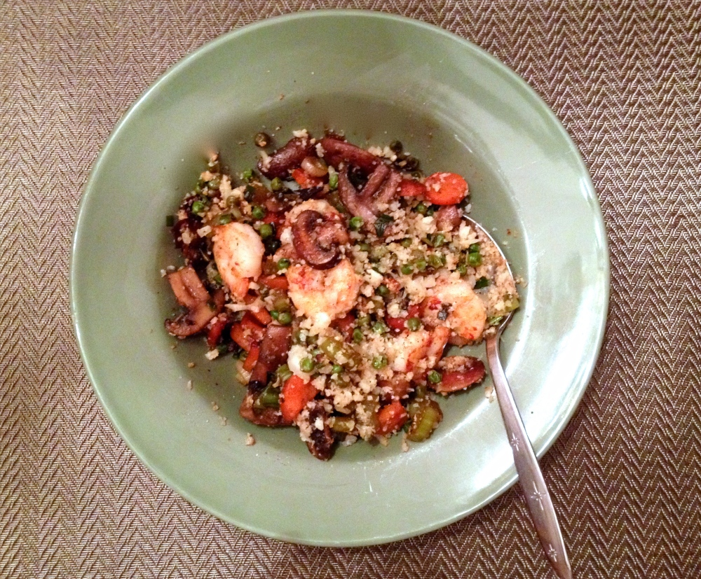cow crumbs , gluten free, dairy free, paleo, cauliflower, cauliflower fried rice, healthy dinner, low carb