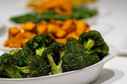 Honey Bee Meals Broccoli cow crumbs